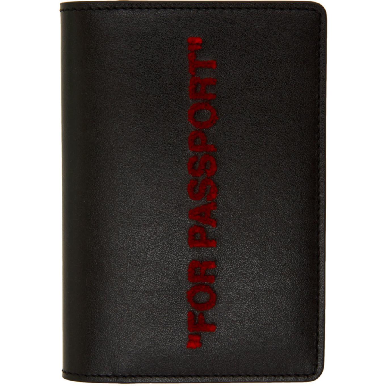 ブラック & レッド クォート パスポート ホルダー