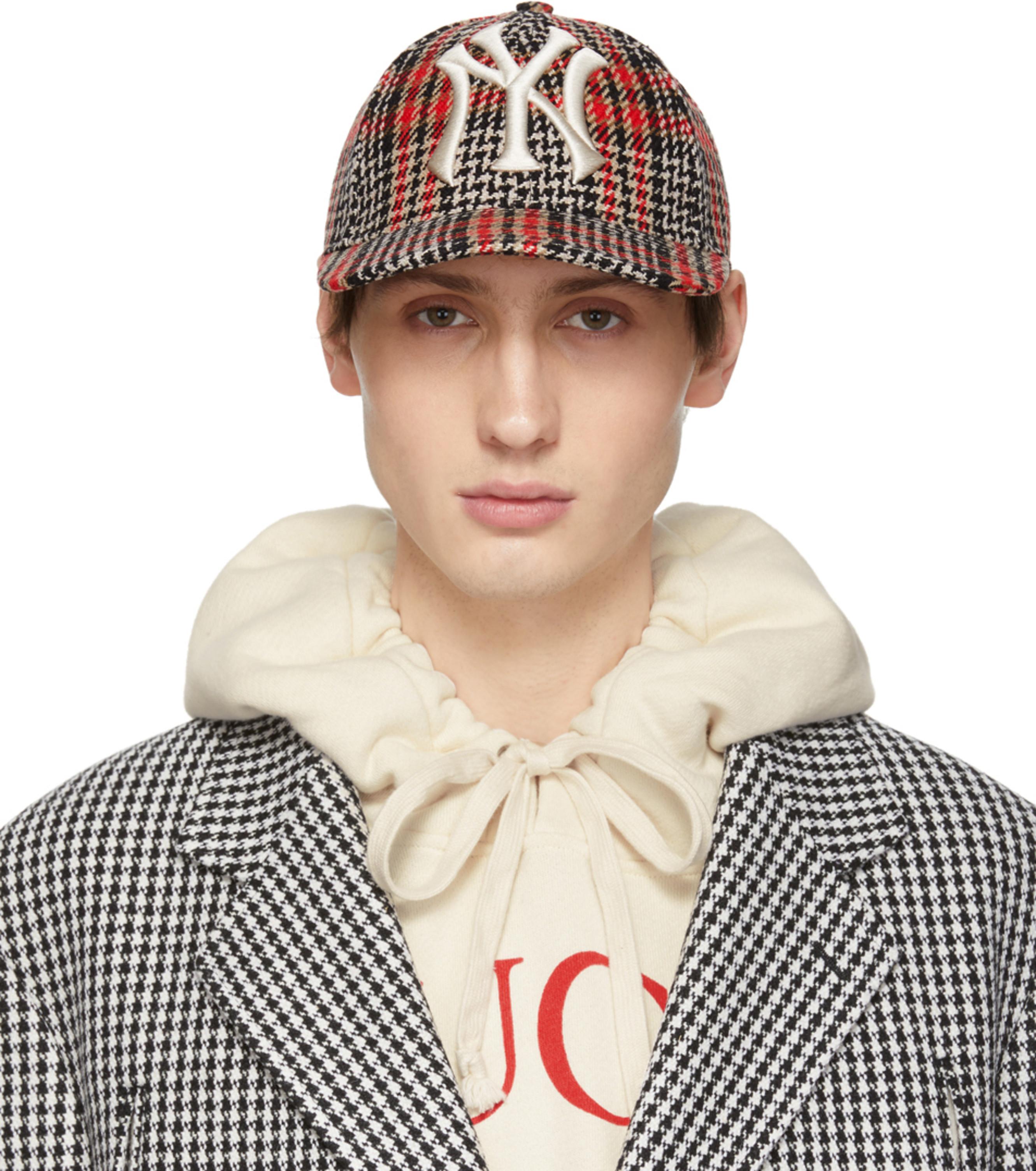 095bdd53517cb Gucci caps   flat caps for Men