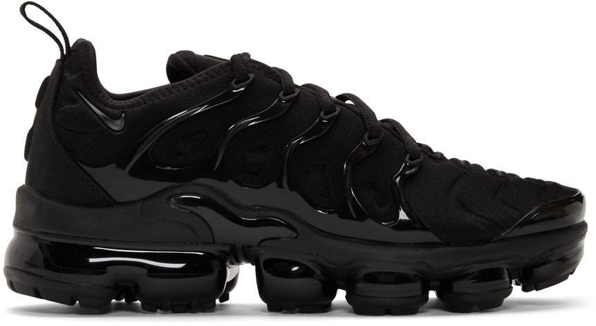 Nike: Black Air Vapormax Plus Sneakers