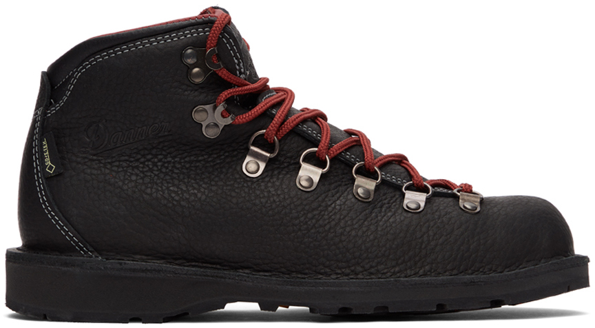 Danner 黑色 Mountain Pass 踝靴