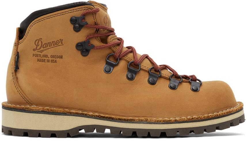 Tan Mountain Pass Boots
