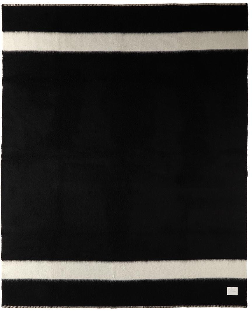 Black Recycled 'The Siempre' Blanket