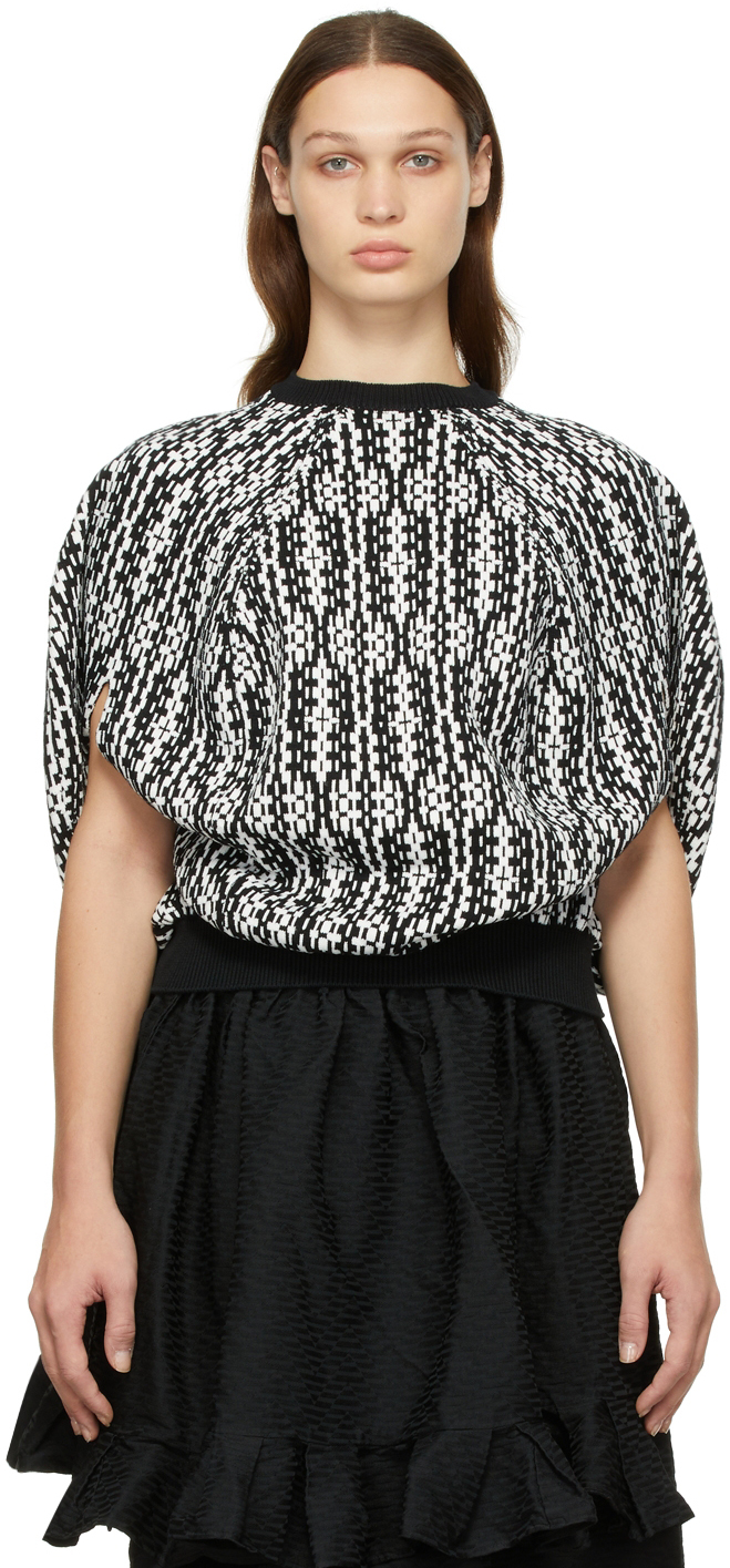 Black & White Jacquard Pattern Round Sweater