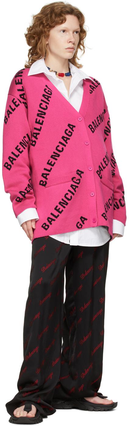 Balenciaga ピンク オールオーバー ロゴ カーディガン