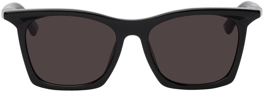Black Rim Rectangle Sunglasses