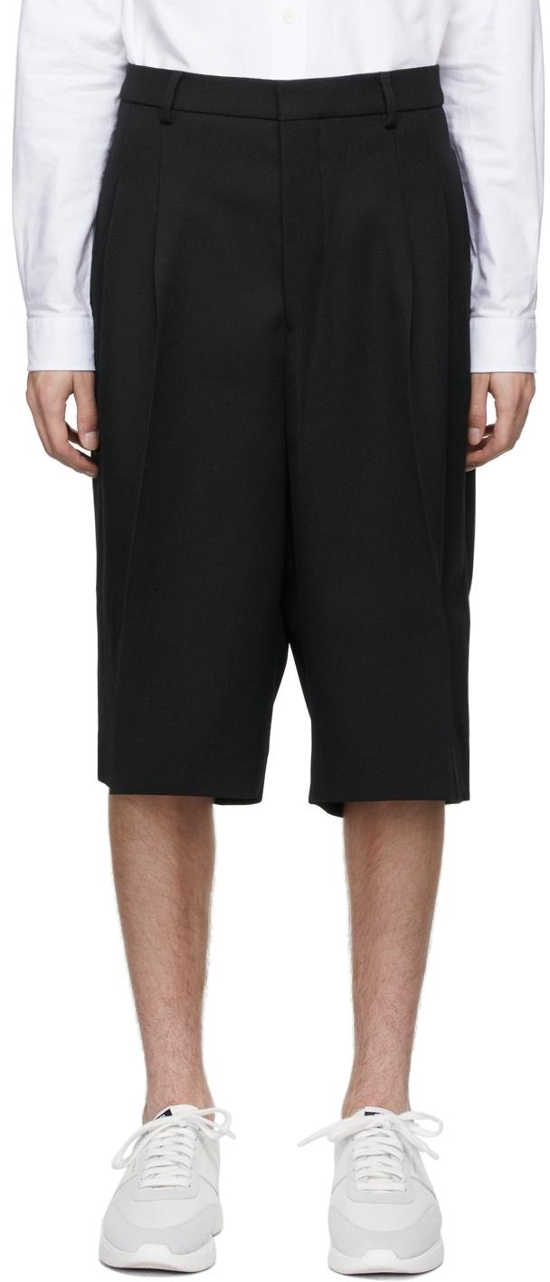 Black Pleated Large Bermuda Shorts