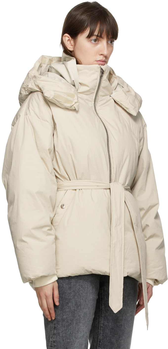 https://img.ssensemedia.com/images/b_white,g_center,f_auto,q_auto:best/202055F061260_4/rag-and-bone-beige-down-donna-puffer-jacket.jpg