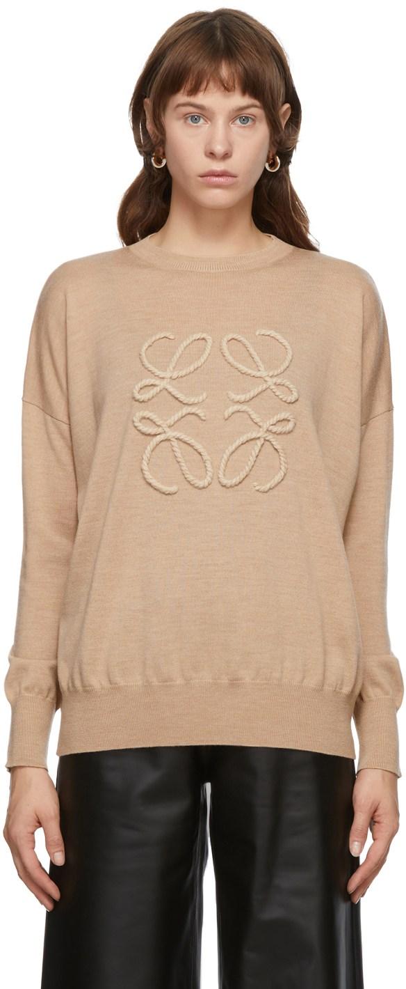 https://img.ssensemedia.com/images/b_white,g_center,f_auto,q_auto:best/202677F096144_1/loewe-beige-embroidered-anagram-sweater.jpg