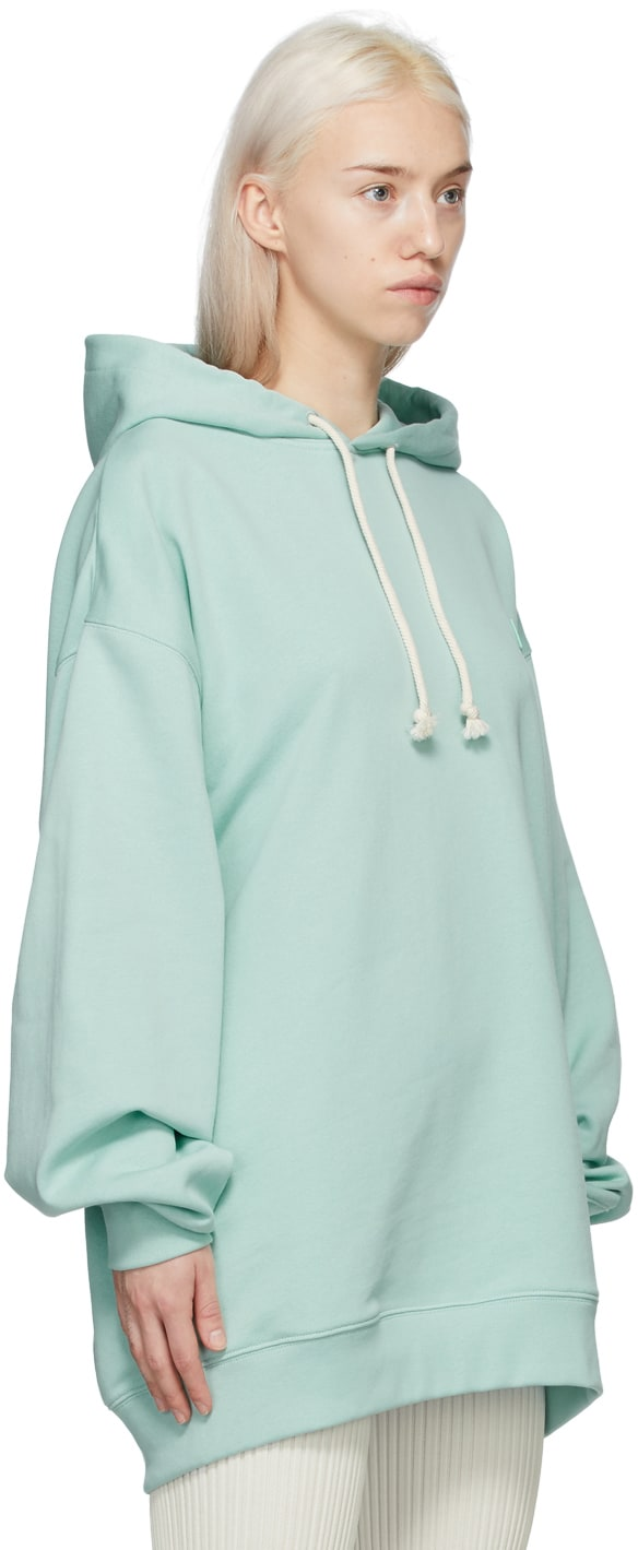 https://img.ssensemedia.com/images/b_white,g_center,f_auto,q_auto:best/211129F097047_2/acne-studios-green-patch-hoodie.jpg