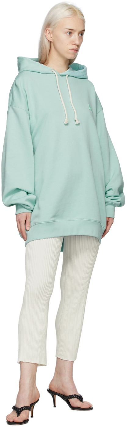 https://img.ssensemedia.com/images/b_white,g_center,f_auto,q_auto:best/211129F097047_4/acne-studios-green-patch-hoodie.jpg